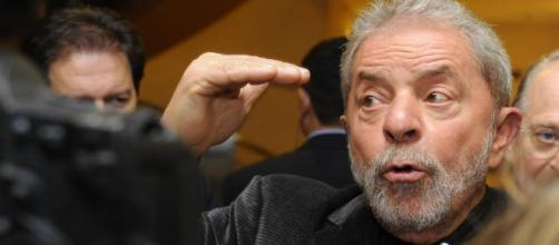 Ex-presidente Lula tem julgamento de habeas corpus adiado no STJ