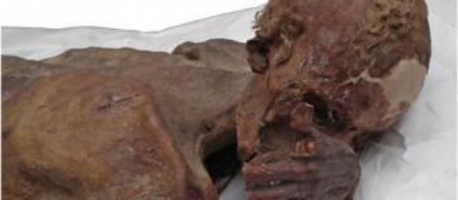 Hallazgos de momias de 5,000 años , nos muestran el tattoo más antiguo
