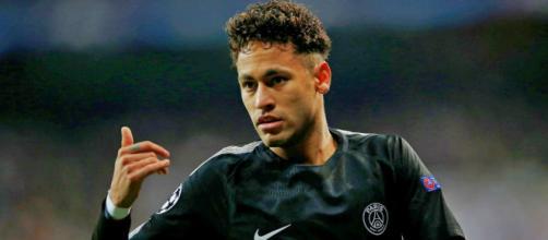 Mercato : Neymar s'éloigne du PSG... et du Real Madrid !