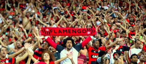 Torcida do Mengão apoiando o time