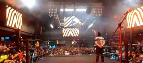 WUW Light Heavyweight Championship Match 9/9/17 - image credit - Phillip Melly | YouTube