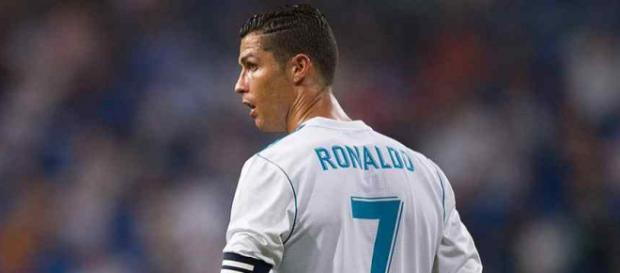 Cristiano Ronaldo não está feliz com o nível do time
