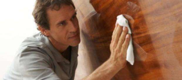 limpia la madera fácil y rapido
