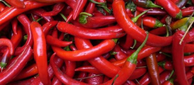 Mejor conocido como el primo más pequeño de la pimienta, el pimiento picante, el pariente picante de la familia Solanaceae.