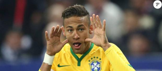 Neymar au match amical France - Brésil au Stade de France à Saint ... - purepeople.com