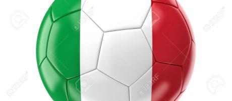 Anticipazioni, approfondimenti e dettagli sul campionato di Serie A. Testa a testa per il titolo. Lotta per la salvezza.
