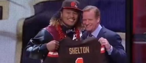 Danny Shelton was the 12th overall pick by the Browns in 2015 (Image Credit: DraftThread/YouTube)