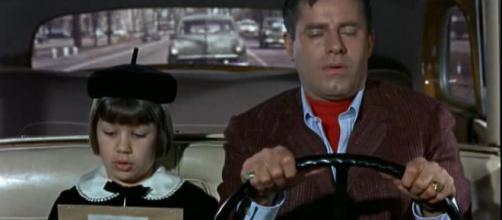 Donna Butterworth e Jerry Lewis em 'Uma Família Fuleira'