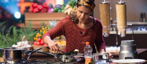 MasterChef: Katleen conta que nunca tinha preparado pão de queijo frito