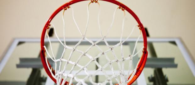 Basketball hoop -- Rob Buenaventura/Flickr