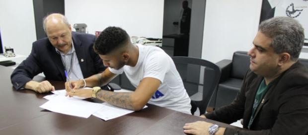 Jogador integrará elenco do Santos B. (foto reprodução).