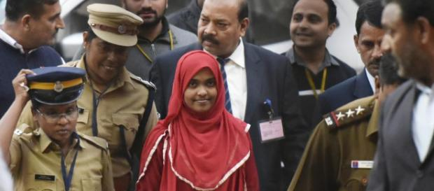 Kerala 'love jihad' case: I want my freedom, says Hadiya (Image via NDTV/Youtube)