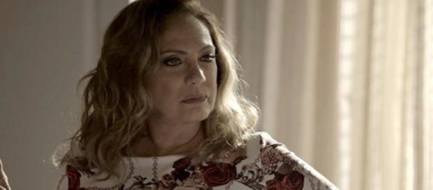 Nádia luta pelo neto em 'O Outro Lado do Paraíso'. (Foto: Divulgação TV Globo)