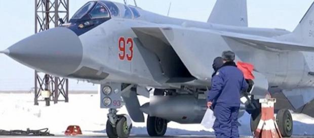 Racheta cu care Putin vrea să câștige al Treilea Război Mondial - Foto: Daily Mail (© Russian MO/east2west news)