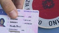 Si rischia la sanzione: la patente italiana non è a norma di legge europea