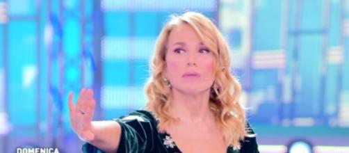 Barbara D'Urso spiazzata da Lorenzo Crespi