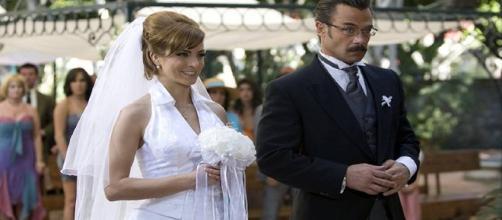 Eduardo planeja acabar com o casamento de sua amada