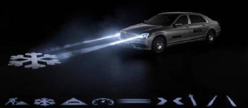 Las nuevas lámparas de Mercedes advierten de peligro.