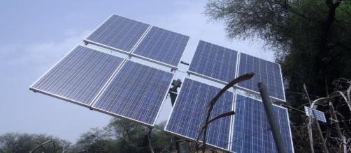 Off-grid solar power will provide electricity to a fifth of Indians in remote rural areas (Image via India Tv/Youtube)