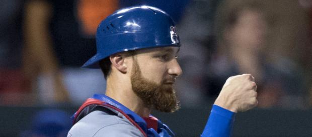 Lucroy in a game with the Rangers: (Image via Jonathan Lucroy/Commons Wikimedia)