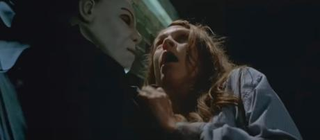 Michael Myers and Laurie Strode / Classic Halloween YouTube Channel