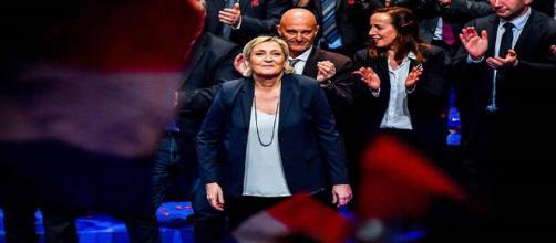 Congrès du FN : le parti change de nom, Marine Le Pen réélue à sa tête