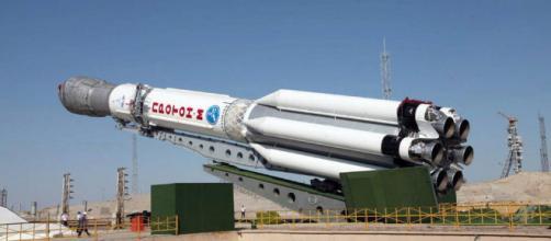 La compañía ha anunciado su intención de contratar a International Launch Services, que gestiona los vuelos comerciales del cohete ruso Proton