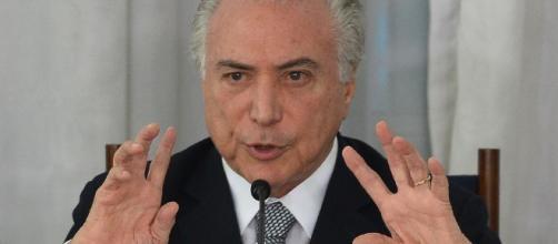 Michel Temer libera instalação de antenas de internet em municípios brasileiros