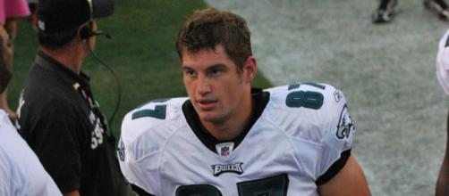 Brent Celek was released by the Philadelphia Eagles. [image source: Keith Lovett via Wikimedia Commons]