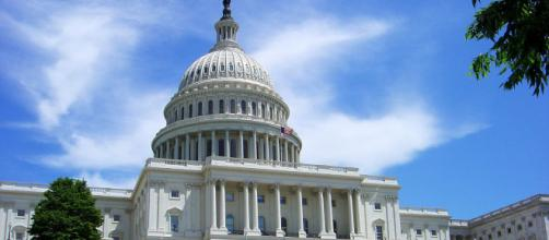 Hoy se define si demócratas o republicanos controlarán el Senado - diariolasamericas.com