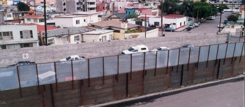 Mexico border wall at San Diego. - [Image credit - Mountain Mike Johans, Wikimedia commons]