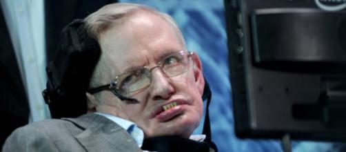 Stephen Hawking è morto, esprimiamo il nostro cordoglio.