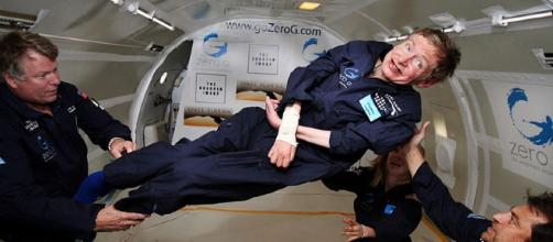 Stephen Hawking [image courtesy Jim Campbell/Aero-News Network wikimedia commons]