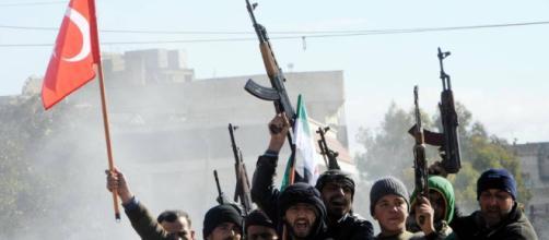 Turquía inicia una ofensiva militar contra un cantón kurdo en ... - elpais.com