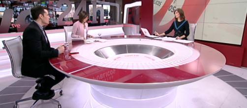 TVE veta como tertulianos a dos periodistas críticos con el PP