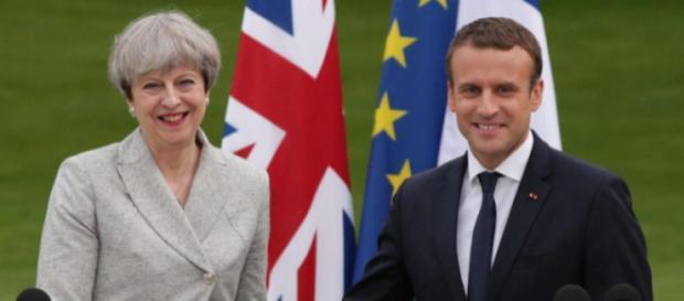 Emmanuel Macron apporte son soutien à Theresa May
