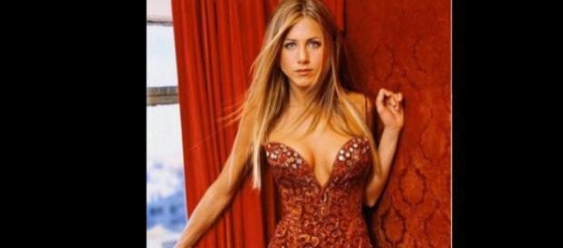 ¿Justin Theroux infiel a Jennifer Aniston con Petra Collins?
