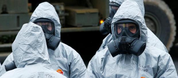 NOVICHOK este un agent neuorotoxic dezvoltat de URSS, fiind considerat cel mai mortal agent chimic cunoscut - Foto: EuroNews (© REUTERS)