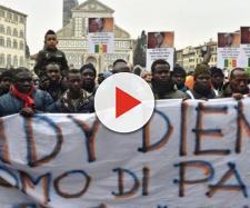 In diecimila a Firenze per ricordare Idy Diene, il senegalese ... - lastampa.it