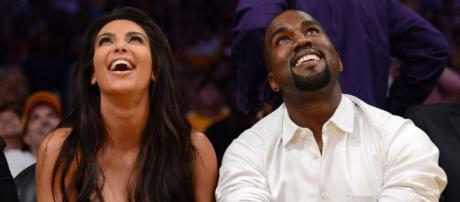 """Cuál divorcio? Kim Kardashian y Kanye West """"lucen muy dulces ... - eonline.com"""