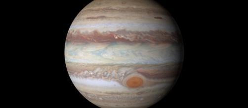 Aquário e mais 3 signos vão sofrer com Júpiter retrógrado. (foto reprodução)