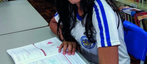 Brenda Aparecida Lopes Azevedo - aluna do 9º Ano do Ensino Fundamental Foto: Fátima de Souza Rocha