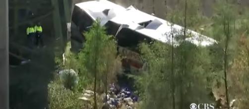 Bus crashed near the Alabama-Florida lane killing the driver (Image Credit: CBS News/Youtube)