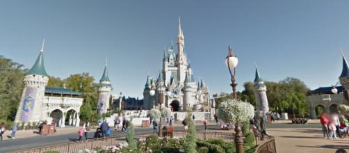 Disneyland puede ser un lugar confuso, esta práctica guía lo hace fácil y divertido.