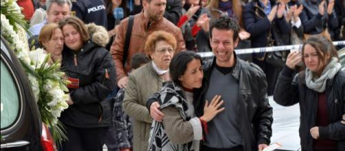 "Gabriel Cruz - La madre de Gabriel, tras el funeral: ""Mi niño ha ... - vozpopuli.com"