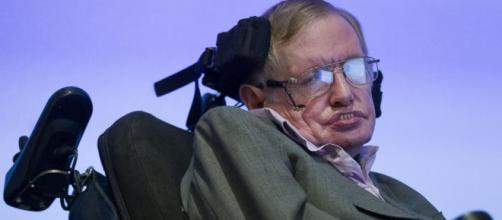 Morre o físico Stephen Hawking e motivo comove todo o mundo