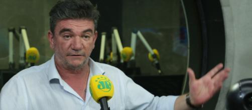 Presidente do Corinthians cumpre promessa e Timão terá novos reforços