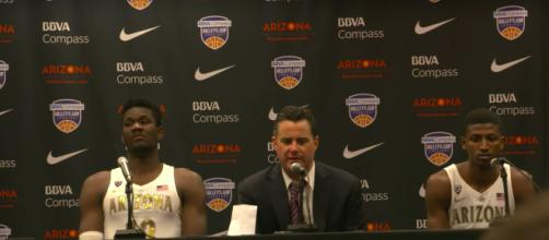 Sean Miller has a press conference with Deandre Ayton. (Image via CBS Sports/Youtube)