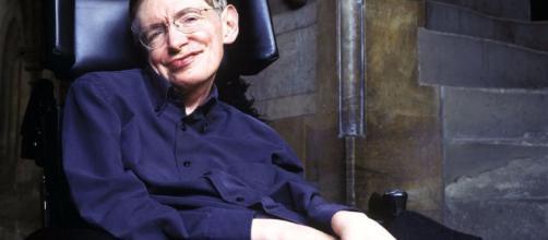 Stephen Hawking, cosmologo, fisico, matematico e astrofisico britannico