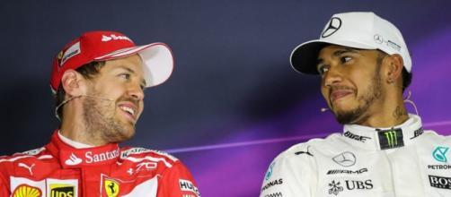 Vettel ed Hamilton si preparano all'ennesima sfida (foto Autosprint - Corriere dello Sport)